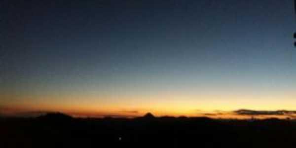 vista do por do sol de pinhotiba, Por Victor