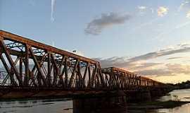 Pirapora - Pirapora-MG-Ponte Marechal Hermes-Foto:andrecrx