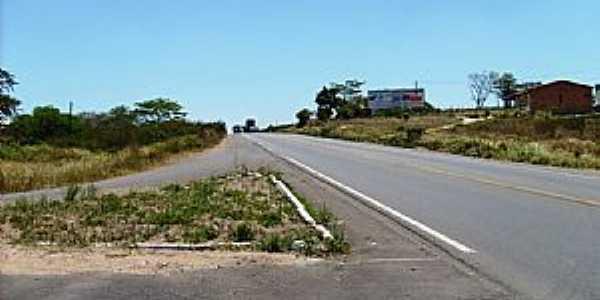 Ant�nio Cardoso-BA-Trevo de acesso-Foto:E�nio