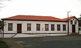 Pitangui - Prédio da antiga Casa de Misericórdia-Foto:Nicodemos Rosa