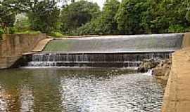 Piumhi - Barragem para Captação no Ribeirão Araras em Piumbi-Foto:Coelho de Piumbi