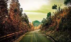Poços de Caldas - Estrada de acesso ao Cristo