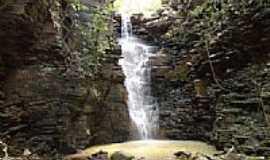 Pomp�u - Cachoeira Grota da Divisa em Pomp�u-Foto:BrunoPomp