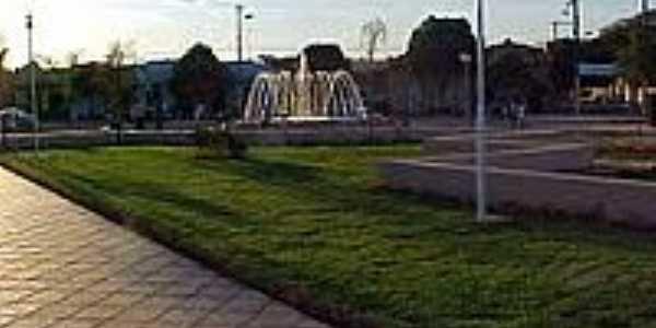 Praça Levi Campos em Pompéu-Foto:BrunoPomp's