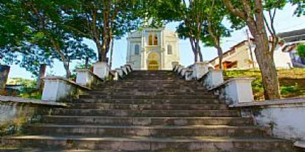 Ponte Nova-MG-Escadarias da Igreja do Ros�rio-Foto:sgtrangel