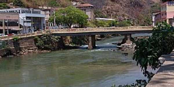 Ponte Nova-MG-Ponte sobre o Rio Pitangas-Foto:GELASBRFOTOGRAFIAS