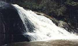 Pouso Alto - Cachoeira do Coura em Pouso Alto-Foto:Joseane Guimarães