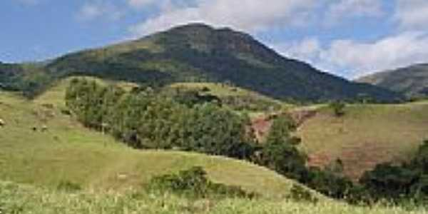Trilha para o Pico do Rachado em Pouso Alto-Foto:Joseane Guimarães