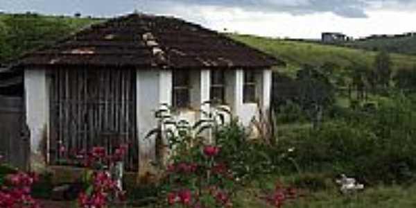 Pratinha-MG-Fazenda do Luis-Foto:Robson Mendonça