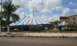 Araçás - Araças-BA-Circo no centro-Foto:Dimitri Argolo Cerqueira