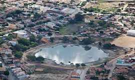 Aracatu - Aracatu-BA-Lago no centro da cidade-Foto:aracatu.ba.gov.br