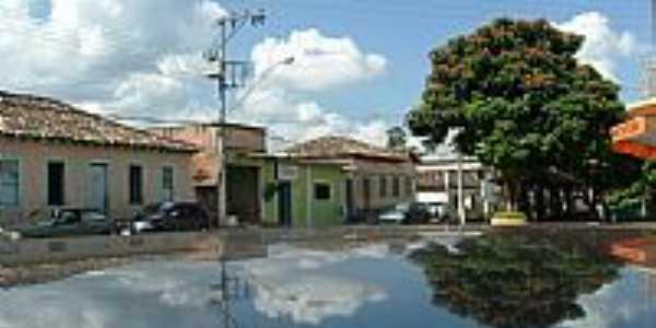 Queluzito-MG-Lago no centro da cidade-Foto:Rogério Santos Perei…