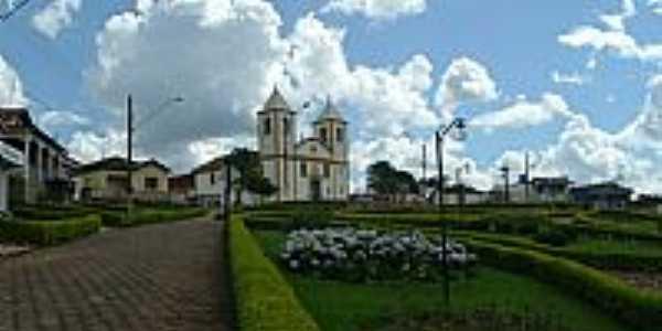 Queluzito-MG-Praça da Matriz-Foto:Rogério Santos Perei…