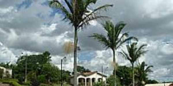 Queluzito-MG-Pracinha dos coqueiros-Foto:Rog�rio Santos Perei�