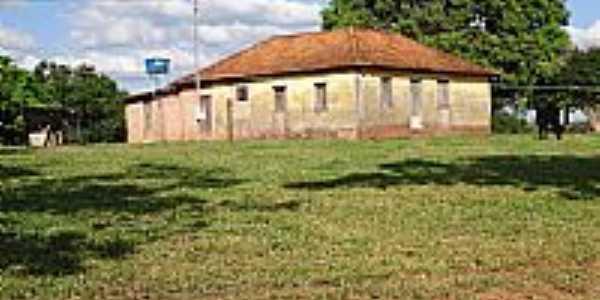 Quintinos-MG-Fazenda próxima à cidade-Foto:Geraldo Teixeira Guimarães