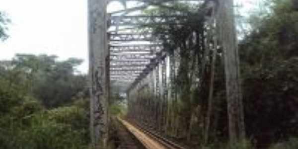 ponte de ferro, Por ELIAS DA KOMBI