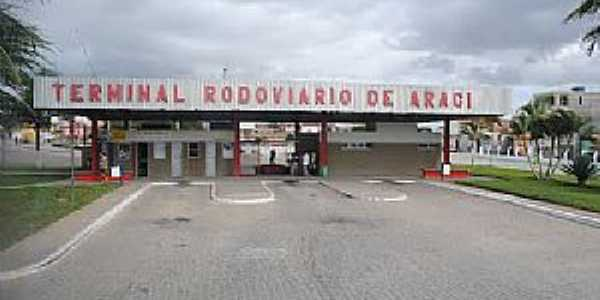 Araci-BA-Terminal Rodoviário-Foto:www.cidade-brasil.com.br