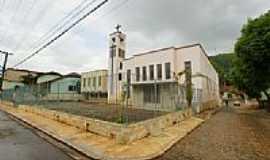 Reduto - Igreja de São João Batista em Reduto-Foto:sgtrangel