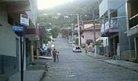 Resplendor - Rua central de Resplendor-MG-Foto:Nando Cunha - 1