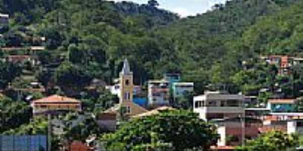 Vista parcial com destaque para a Igreja de Resplendor-MG-Foto:BARBOSA