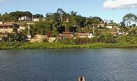 Aramari - Aramari-BA-Vista da cidade à partir do rio-Foto:www.vozdabahia.com.br