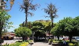 Rio Casca - Rio Casca-MG-Praça no centro-Foto:Cityzoneful