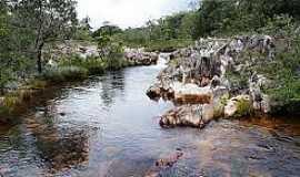 Arapiranga - Arapiranga-BA-Leito pedregoso do Rio da Água Suja-Foto:www.flickriver.com