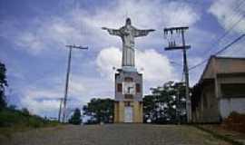 Rio Novo - Relógio e Cristo em Rio Novo-Foto:joão walfrido
