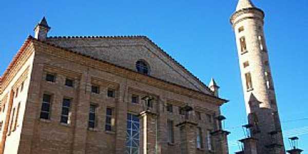 Ritápolis-MG-Igreja de São Pedro e São Paulo-Foto:André Saliya