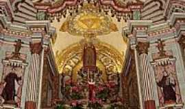 Roças Novas - Interior da Igreja de N.Sra.Mãe de Deus em Roças Novas-Foto:PEDRO PAULO