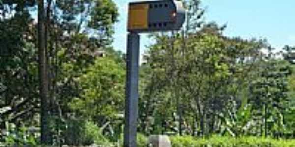 Radar na Rodovia em Roças Novas-Foto:Serneiva