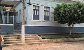 Rochedo de Minas - Escola Municipal professor Augusto Glória
