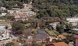 Sabará - Ponte Ferroviária sobre o Rio Sabará-Foto:SkyScraperCity