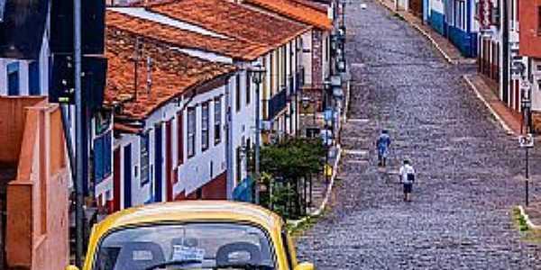Sabará-MG  Região Metropolitana de Belo Horizonte  Fotografia de Leo Inglesi