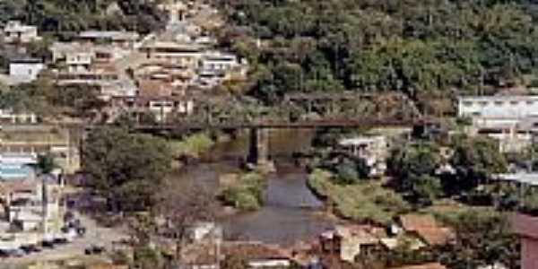 Ponte Ferroviária sobre o Rio Sabará-Foto:SkyScraperCity