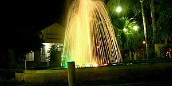 Salinas-MG-Fonte Luminosa-Foto:JOTALU