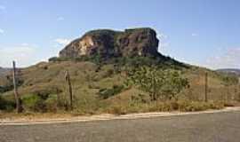 Santa Cruz do Escalvado - Pedra do Escalvado em Santa Cruz do Escalvado-MG-Foto:marcio dos santos al…