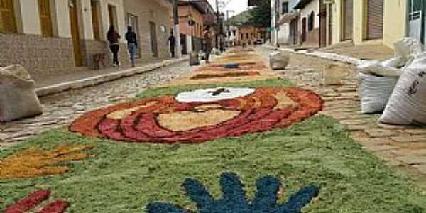 Imagens da cidade de Santa Cruz do Escalvado - MG