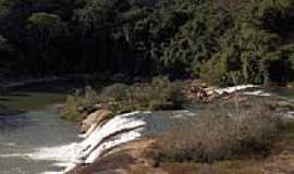 Santa Filomena - Cachoeira do Rio Manhuaçu-Foto:andre teles