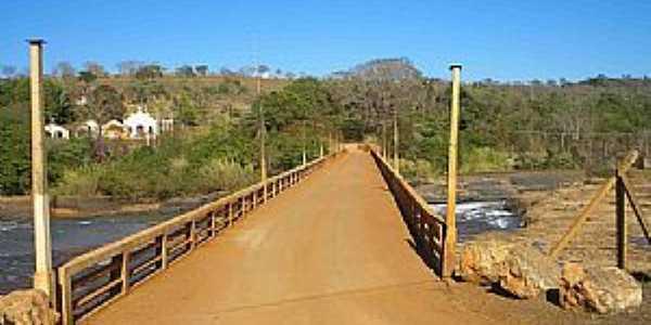 Santa Juliana-MG-Ponte Pai Joaquim-Foto:Glaucio Henrique Chaves