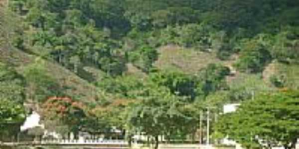 Santa Maria de Itabira-Foto:Gildazio Fernandes [Panoramio]