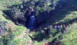 Santa Rita de Ouro Preto - Cachoeira no Bom Retiro, Por Júlio Cesar Zeferino