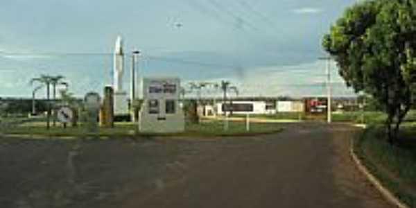 Santa Vitória-MG-Trevo de acesso-Foto:p.meisinger