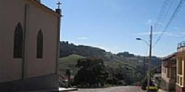 Lateral da Igreja de Santana de Caldas-Foto:ostransfers
