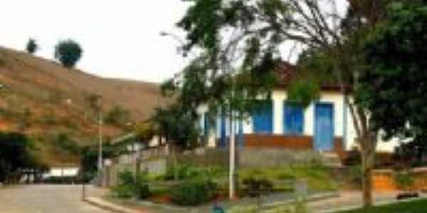 Santana de Cataguases, Por theuzin