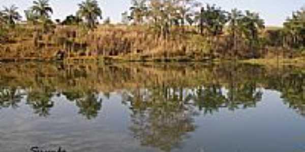 Lago e Reflexo-Foto postada por:guardiaodocerrado