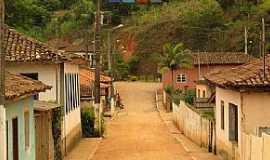 Santana do Alfié - Santana do Alfié-MG-Rua do Distrito-Foto:duprata.com