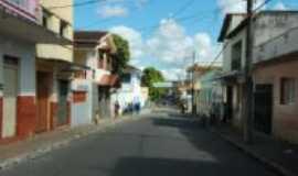 Santana do Jacaré - avenida Magalhães Pinto, Por Aloizio Ferreira Freire
