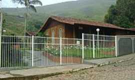 Santana do Manhuaçu - Santana do Manhuaçu-MG-Igreja Cristã Maranata-Foto:icmfinder