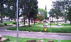Santo Antônio do Amparo - Praça Central por Maxuel Apareido Tri